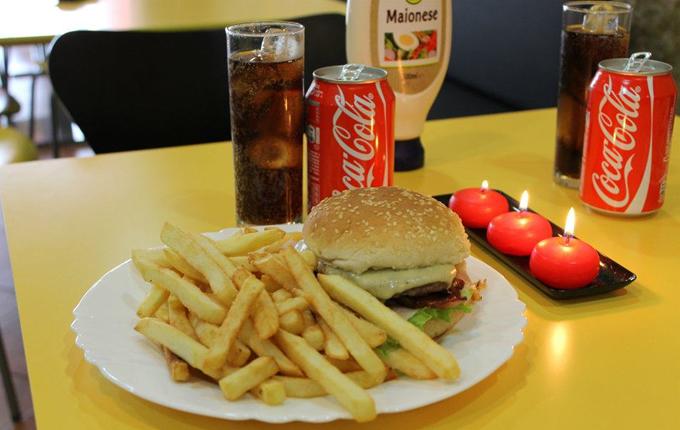 cafetaria2